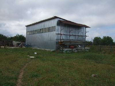 Hala de vanzare in zona Aurel Vlaicu Satu Mare