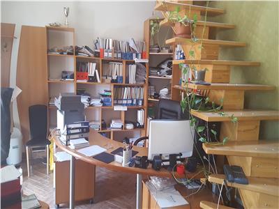 Spatiu de birou de vanzare in zona 14 Mai