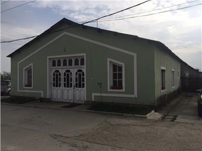 Hala de productie in comuna Gherta Mica