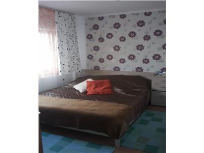 Apartament de vanzare 4 camere Micro 16