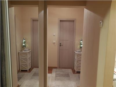 Apartament de vanzare 2 camere Micro 17