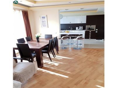 Apartament de vanzare lux 3 camere zona Baritiu