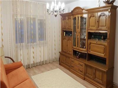 Apartament spatios de vanzare Carpati 2