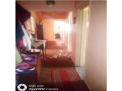 Apartament de vanzare  4 camere in Soarelui