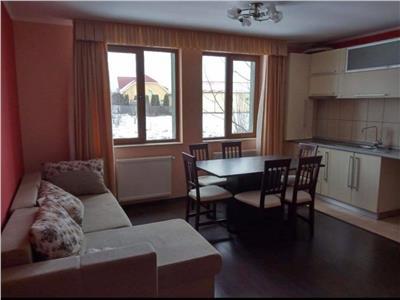 Apartament de vanzare cu 2 camere  in Carpati 2