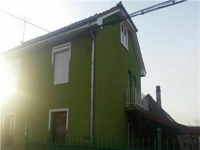2 case pentru 3 familii Carpati 2