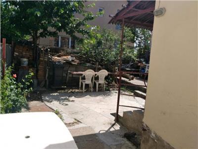 Casa cu 3 camere strada Caprioarei