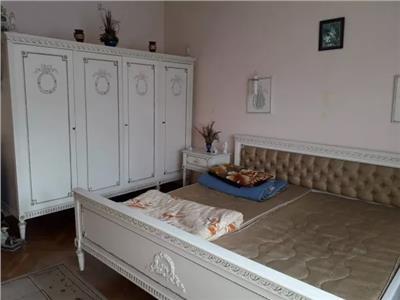 Casa de vanzare zona Golescu