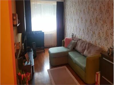 Apartament de vanzare 3 camere B-dul.Traian