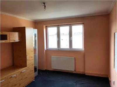 Apartament de vanzare 2 camere pe Dariu Pop