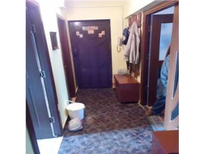 Apartament 4 camere  de vanzare pe Careiului