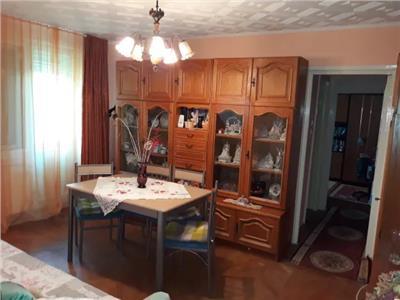 Apartament de vanzare 3 camere pe Careiului
