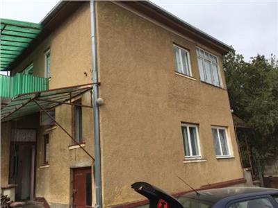 Casa cu etaj de vanzare Titulescu