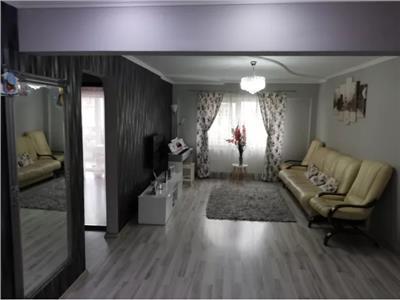 Apartament de vanzare 4 camere Carpati 2