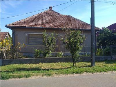 Casa de vanzare in Comuna Sanislau