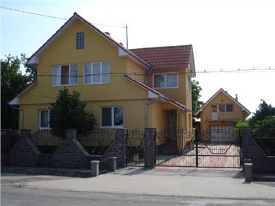 Casa de vanzare in Lazuri