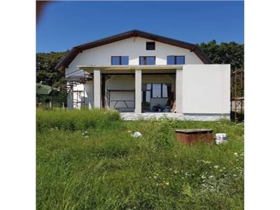 Casa noua de vanzare zona Padurea Noroieni