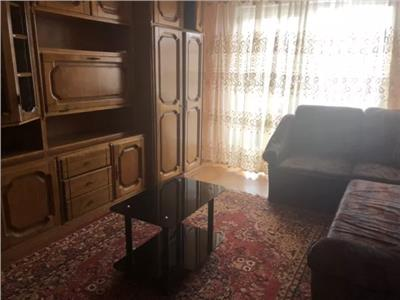 Apartament de inchiriat 3 camere in Cartierul Micro 17