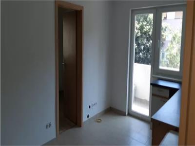 Apartament de vanzare 2 camere zona Micro 15