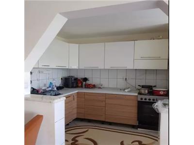 Apartament 4 camere de vanzare in Micro 17