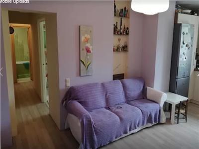 Apartament 3 camere de vanzare zona Soarelui