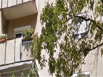 Apartament 3 camere de vanzare zona Micro 17