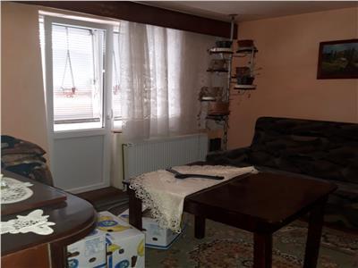 Apartament 2 camere de vanzare zona Carpati 1