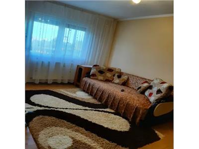 Apartament 3 camere de vanzare Micro 14
