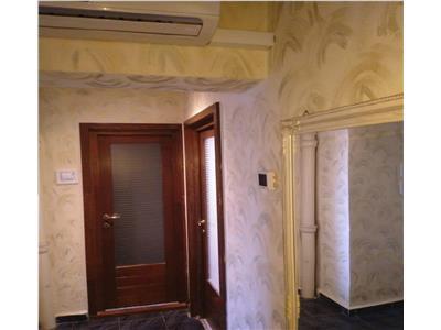 Apartament 3 camere de inchiriat zona Lucian Blaga