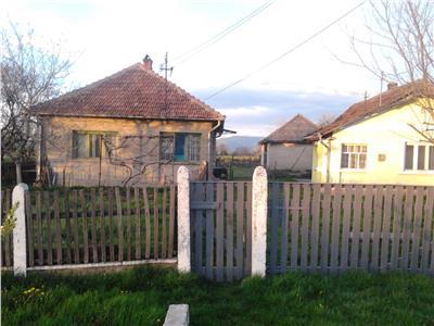 Casa de vanzare (locuibila) in Rosiori
