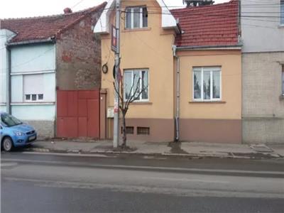 Casa de vanzare zona Piata Mica