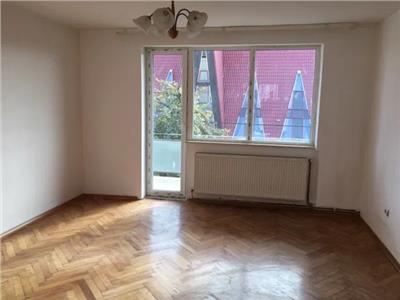 Apartament 3 camere de vanzare B-dul Closca