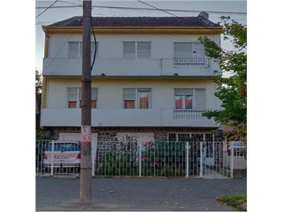 Casa parter+2 etaje de vanzare pe Corvinilor