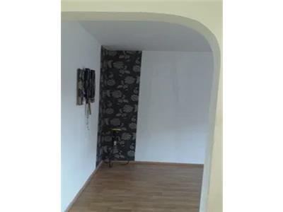 Apartament 2 camere de in chiriat zona 14 Mai
