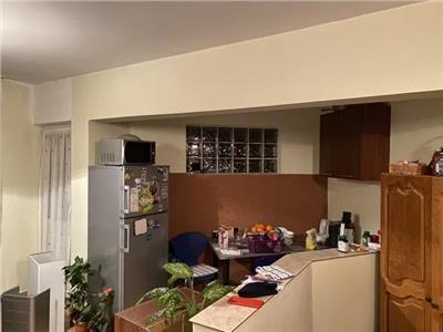 Apartament 2 camere de vanzare Micro 16
