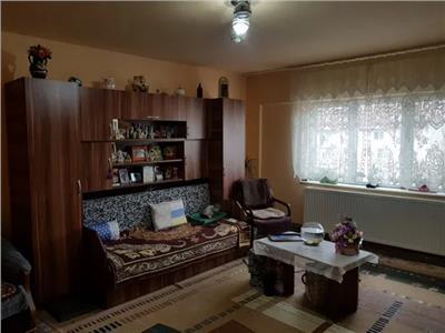 Apartament 3 camere de vanzare Carpati 2