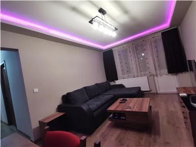 Apartament 3 camere de vanzare Carpati 1