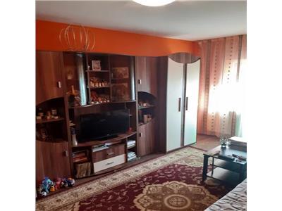 Apartament 2 camere de vanzare Micro 17