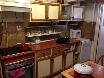 Apartament 4 camere de vanzare Micro 16