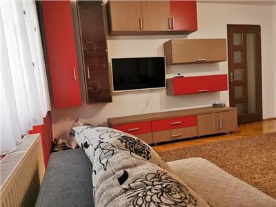 Apartament 3 camere de inchiriat Micro 16