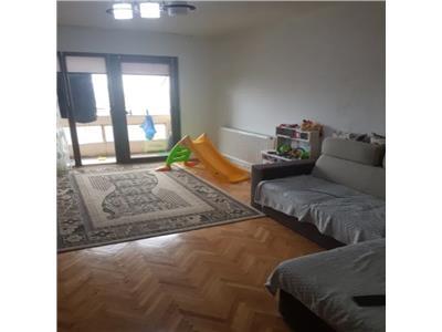 Apartament de vanzare zona Micro 16